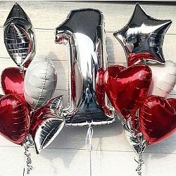Набор шаров с красными сердцами